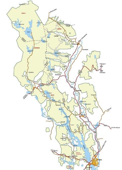 Enorm eiendom: Treschows områder (lysegrønn) ligger i seks kommuner. Fritzøe Skoger har en spesielt sterk stilling i Siljan. Både Fritzøe Skoger og Kjell Abraham Sølverød (bildet), ordføreren i Siljan, synes det er fint hvis kommunen utvides og overtar en god bit av Kongsberg. Illustrasjon: ØP/Laagendalsposten