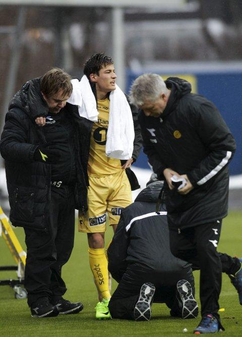 Skadet: Mathias Normann måtte få behandling etter drøye halvtimen i kampen mot Levanger.