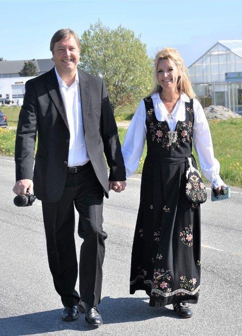 BEKREFTER FORHOLDET: Linn Nyborg og Tore Strømøy er blitt et par.