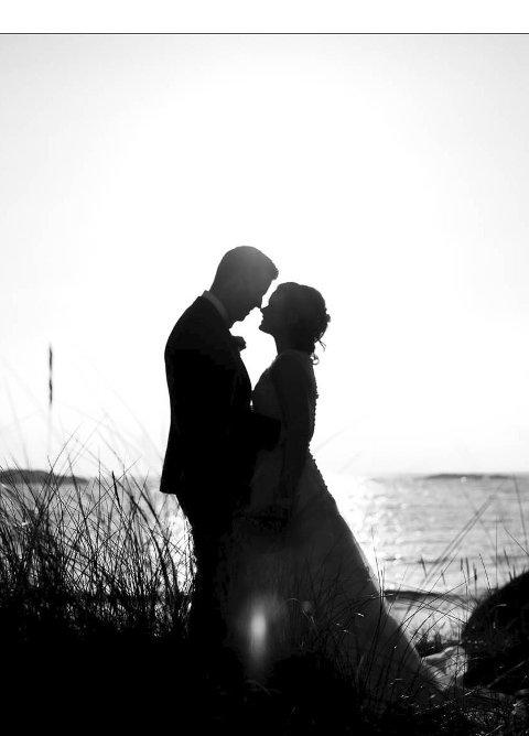 Romantikk: Den store dagen kan formidles på mange måter. også mer kunstpreget.  foto: 8 Lone Fingann Stol