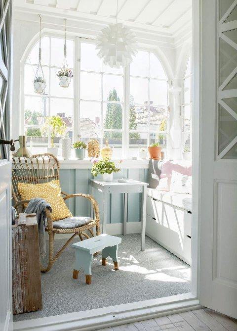 Vinterhage: Vinterhagen er Karianne Christensens favorittsted i huset som er kåret til Norges vakreste hjem 2015. Foto: Maria Svanevik/BoligPluss