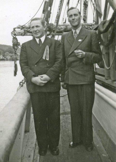 Kaptein Otto Thesmer og pastor Gunnar Jensen om bord på «Sine».