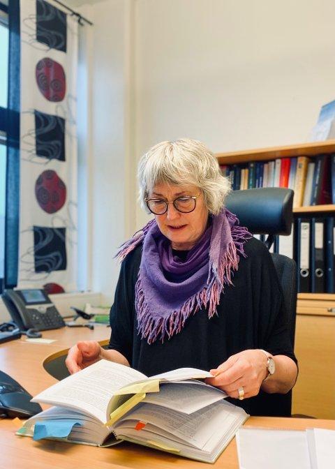 Kirsti Ramberg har jobbet som dommer i 31 år og ble sorenskriver i Trondenes tingrett i 1996.