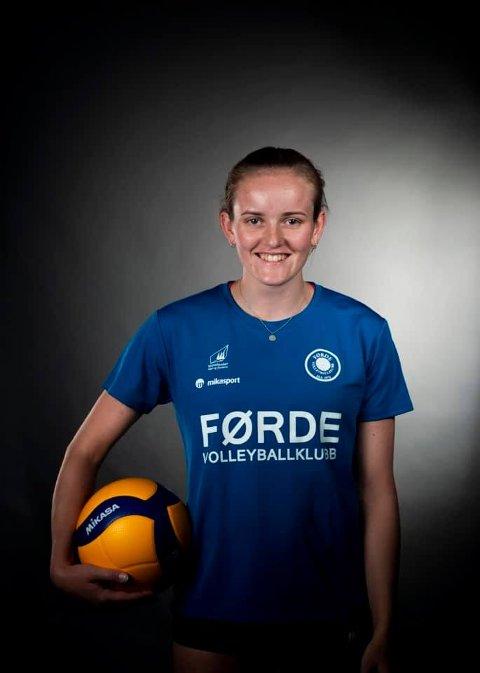 Karoline Bjerkreim valgte å satse en sesong til på eliteserielaget Førde.