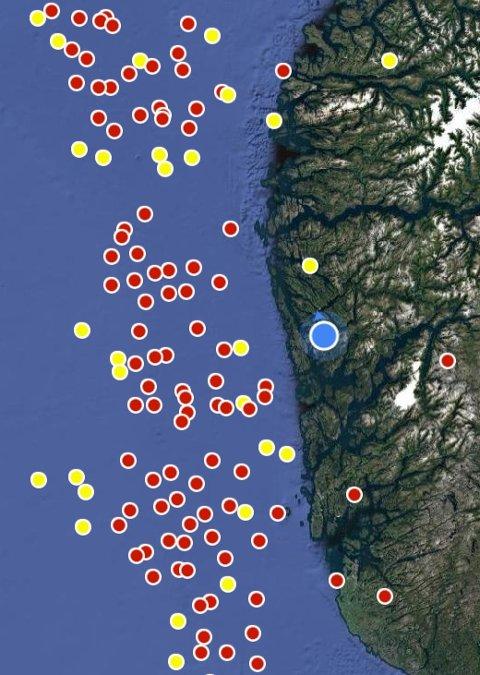 Lynkart viser at det er kraftig tordenvær vest for Bergen. Det skal innover Hordaland.