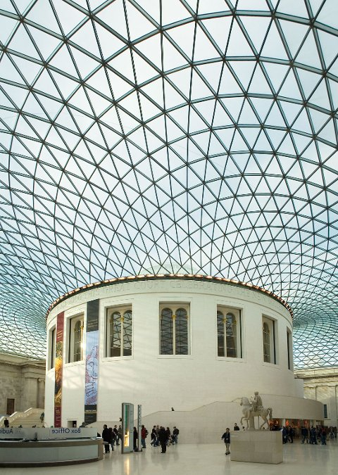 Utvidelse og ombygging av The British Museum i London, arkitekt Foster & Partners.