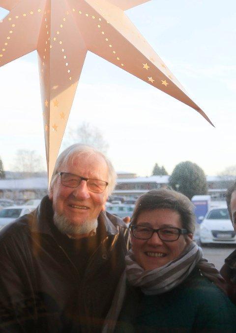 LAGET JULEKVELD:  Karin Bjørnstad Preuthun og Robert Preuthun laget julekveld for mange på Sion på Flisa.