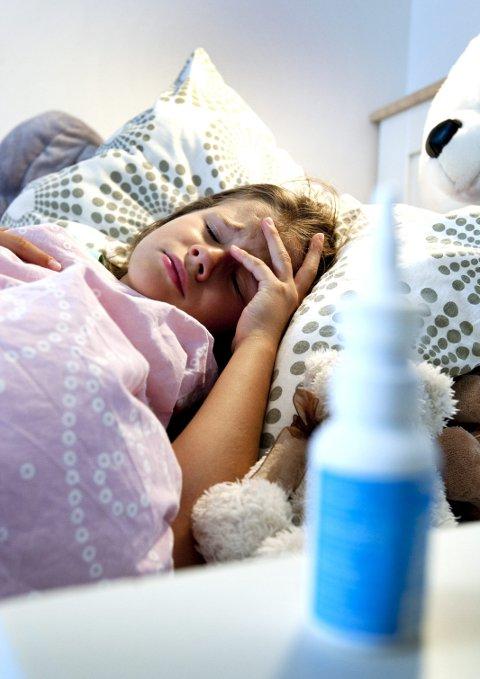 KAN UNNGÅS: Desember, januar og februar er den store influensasesongen i Norge. Vil du være sikker på at du ikke blir sjuk sjøl, eller utsetter andre for smitte, bør du vaksinere deg nå. Foto: NTB scanpix: