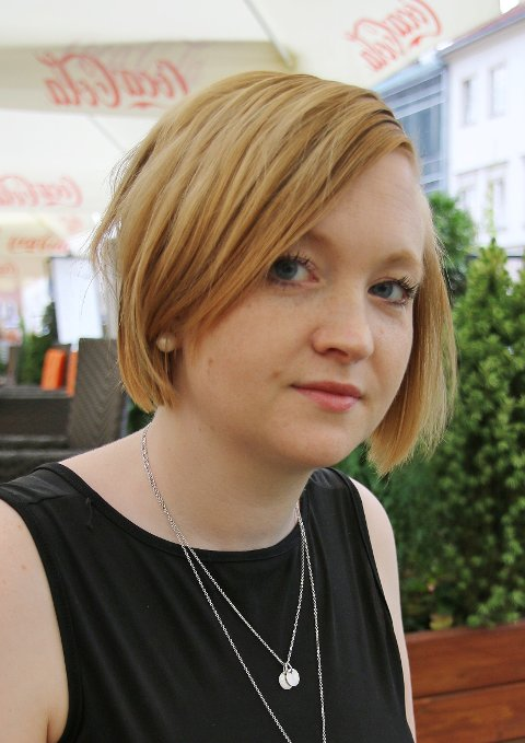 SMITTENDE OPPFØRSEL: Hanna Jenny Murel sier det blir enklere for ungdommer å angripe personer istedenfor argumenter i nettdebatter hvis de ser at voksne gjør det.