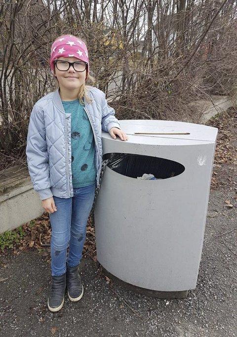 – LIVSVIKTIG: – Ikke kast søppel i naturen, sier Mie Framås Bondehagen, 8 år.