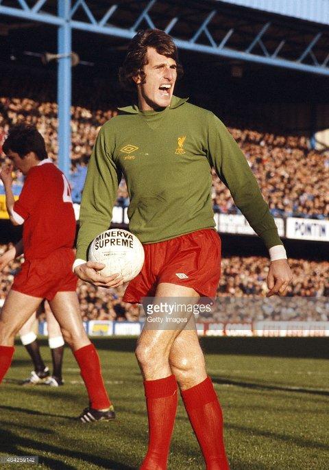 SOM EN VEGG: Ray Clemence slapp kun inn fire mål på hjemmebane i 1979.