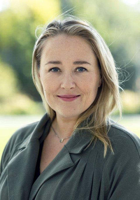 Bokbad: Birgitte Hoff Lysholm kjem til Husnes for å snakka om overgansgalder. (Foto: Astrid Waller).