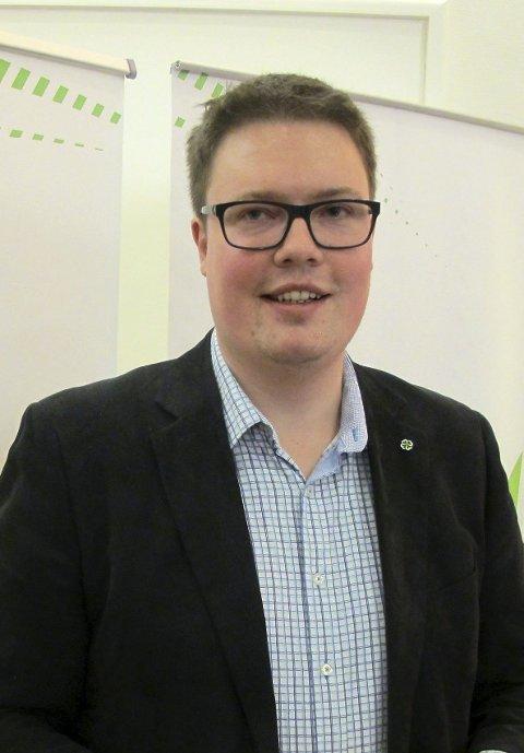 UTILGIVELIG: -Det vil være utilgivelig å ta mer matjord og øke utslipp, sier Morten Vollset.