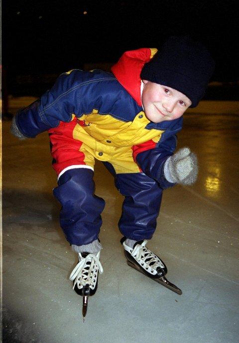 I 1999 hadde Sverre Lunde Pedersen (6) allerede gått på skøyter i tre år, og likte det veldig godt, sa han til BA – som seksåring! (Arkivfoto: BA)