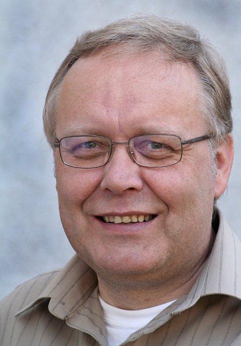 LYRIKER: Oddmund Haugen er lyriker og bor i Skien.Han er opprinnelig fra Kviteseid.