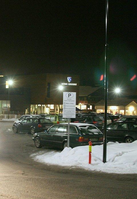 HC-parkering i sætre: Situasjonen for HC-parkering i Sætre har blitt kritisk dårlig etter utbyggingen, mener innsender Leonard Larsen.illustrasjonsfoto