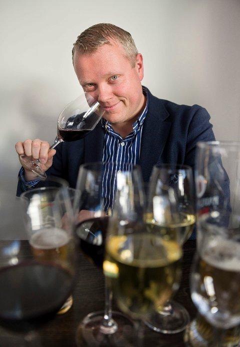 NAS ØL OG VINEKSPERT: Amund Lein anbefaler drikke til fiskegrateng i denne spalten.