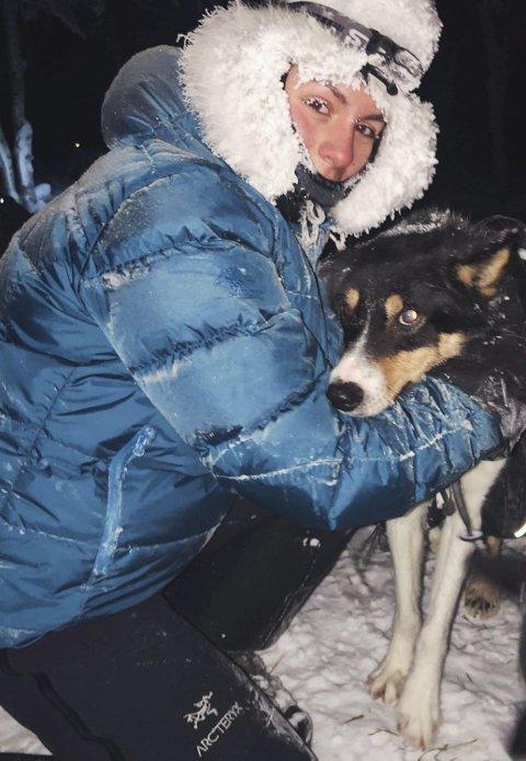 Ønsker eget hundespann: Julie Guddal er ikke redd for kulda. Privat foto