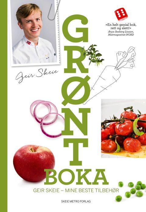 MYE LOKALT: Geir Skeie er ute med sin nye kokebok. Boka er laget lokalt i samarbeid med  Paal-Andrè Schwital og Trude Nergaard fra Metro Branding. Boka er utgitt på  Skeie Metro Forlag. Foto: Paal-André Schwital