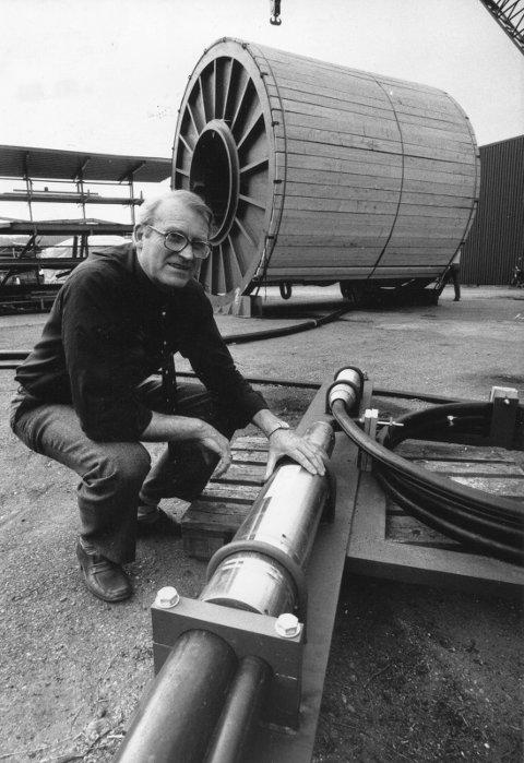 FØRSTE LEDER: Jan Eriksen ble ansatt som den første lederen på kabelfabrikken på Knivsøyodden