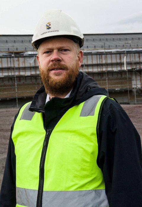 VARME: Øyvind Lindeberg forteller at kommunen nå jobber med kjempespennende energiløsninger.