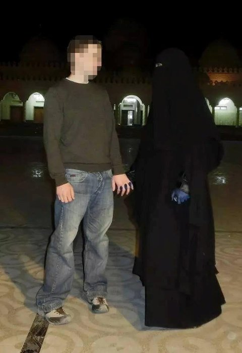 TERRORSIKTET: Verdalskvinnen (34) er siktet for deltakelse i en terrororganisasjon i Syria. Mannen hennes (t.v.), opprinnelig fra Levanger, døde i kamper i Syria i februar 2015.