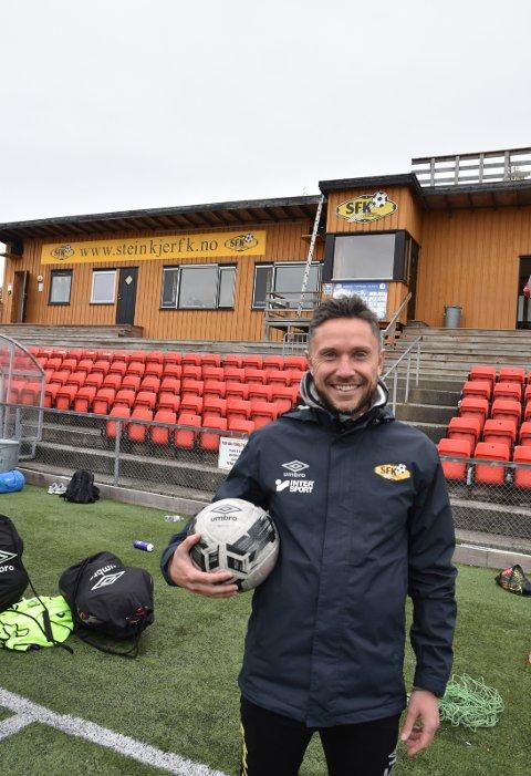 Mattias Nylund er i gang med prosjektet med å gjenreise Steinkjer fotballklubb.