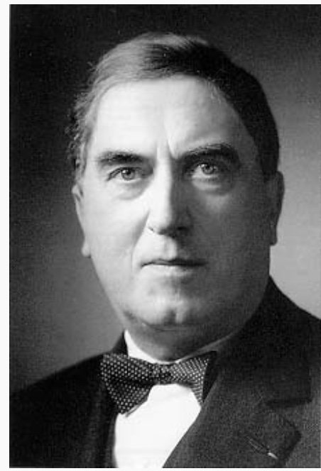 Maurice Duruflé (1902-1986) publiserte sitt Requiem opus 9 i Paris høsten 1947. Bjørg og Søren Gangfløt fra Fredrikstad var tilhørere ved urpremièren.
