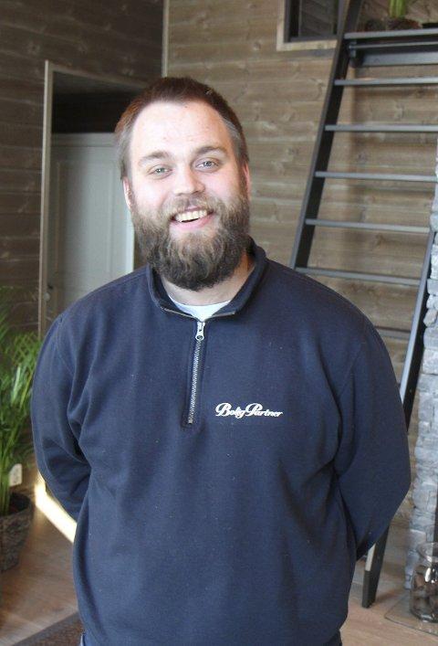BYGGELEDER: Martin Jørgensen fra Gjerdrum har vært byggeleder for Midthøhytta.