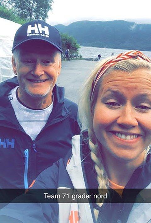 SAMMEN PÅ TUR: Produksjonsleder i Nordisk Film og TV, Anneli Heggedal Asak tok med pappa Terje Asak på innspilling av 71 grader nord i sommer.