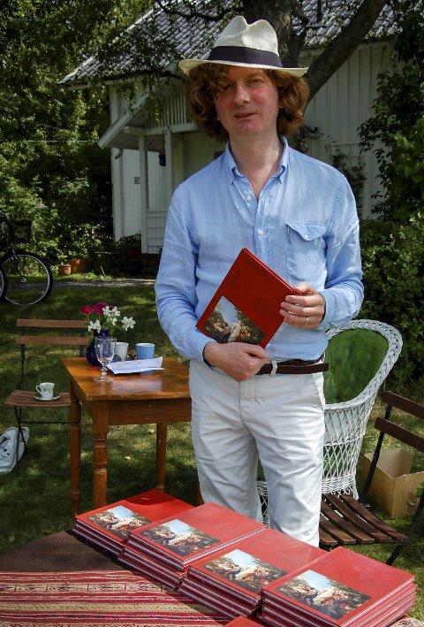 NY BOK: Knut Ljøgodt har valgt ut noen favorittverker fra tida i Tromsø.