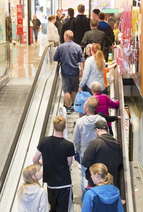 Rekordsommer: Det går mot rekordhøyt besøkstall på Nordby Supermarked.