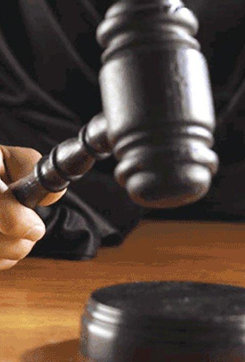 Tiltalt: Ung kvinne fra Tvedestrand risikerer fengsel.