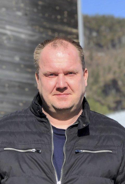Snur: I tre uker har det vært ulovlig å sitte ned og spise på serveringssteder i Åmli.