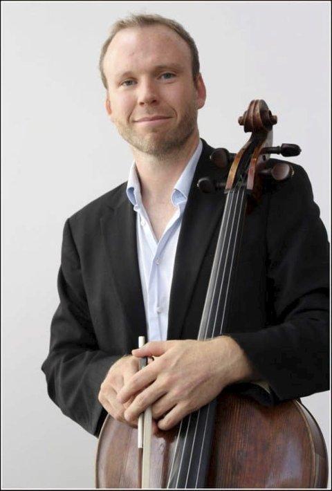 Cellolyd 2016: Ny cellist på Cellolyd i Lofoten er Audun Sandvik.