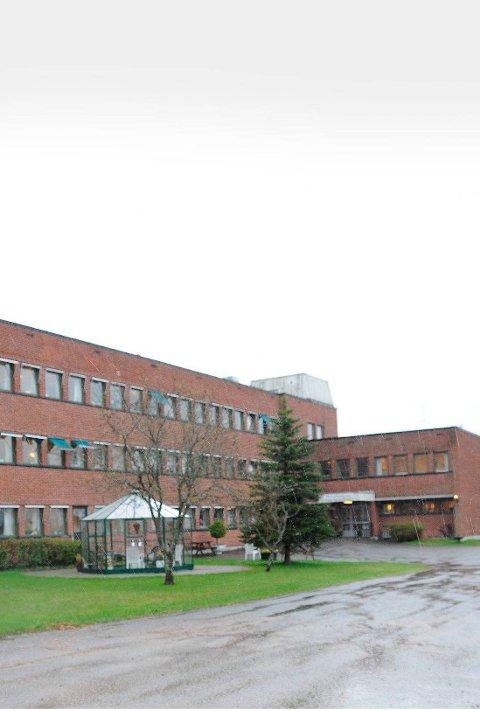 FRYKT: To ansatte er sagt opp og seks omplassert etter arbeidsmiljøproblemene på Gjerpen sykehjem.