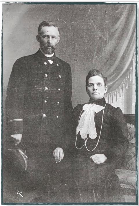 STASELIG: Ole og Andrea Andersen var et staselig ektepar. Her er de fotografert som sølvbrudepar. Men livet deres var ikke alltid lett.