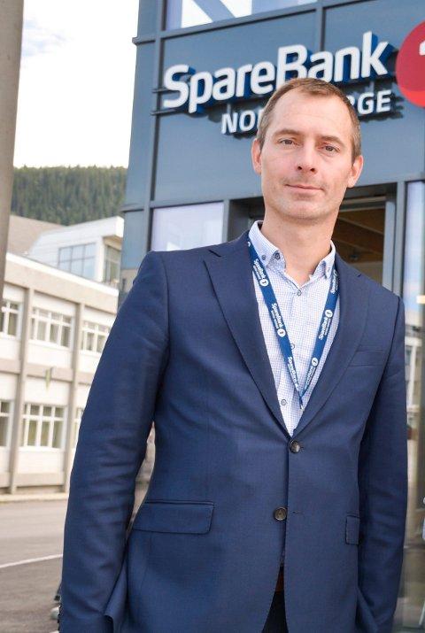 Banksjef, Tor Magne Aanonli ønsker nye og gamle kunder i Sparebank 1 Nord-Norge,  velkommen i deres nye lokaler i O.T. Olsens gate på mandag.