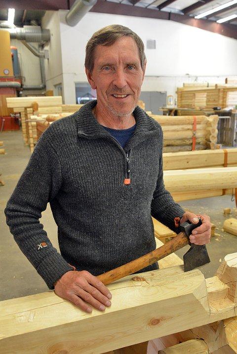 Ekspert. Tradisjonshåndverkeren Steinar Moldal skal dele sin kunnskap om lafting med kursdeltagerne.