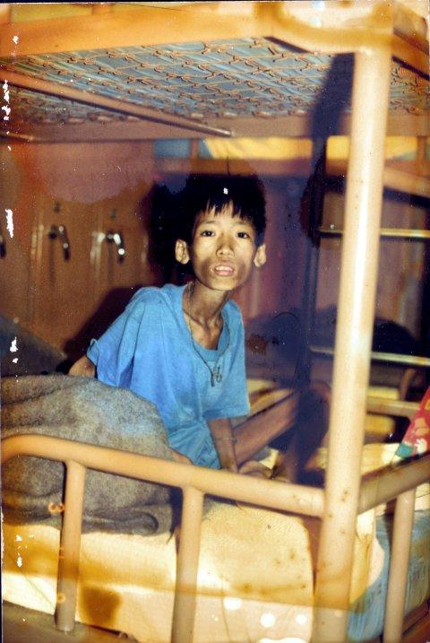 Khang Le ble godt kjent med denne gutten ombord på flyktningbåten. Navnet hans var Nguyen Cao Thien An og han var 12 år i 1983. Khang og Nhu forteller at gutten valgte å reise som flyktning til USA etter redningen. De har forsøkt å komme i kontakt med mannen som i dag er 33 år, uten å lykkes.