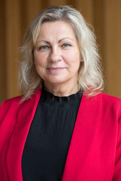FIKK FLERTALL: Grete Lervik (Ap) la fram forslag om at hele punktet om kjøkken-utredning skulle fjernes – og fikk et enstemmig kommunestyret med på forslaget.