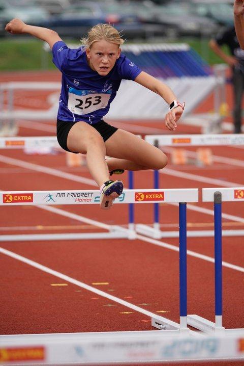 HEKK: Selma Boesen Skisaker (13) gjorde en god 60 meter hekk og endte på en sterk tredjeplass.