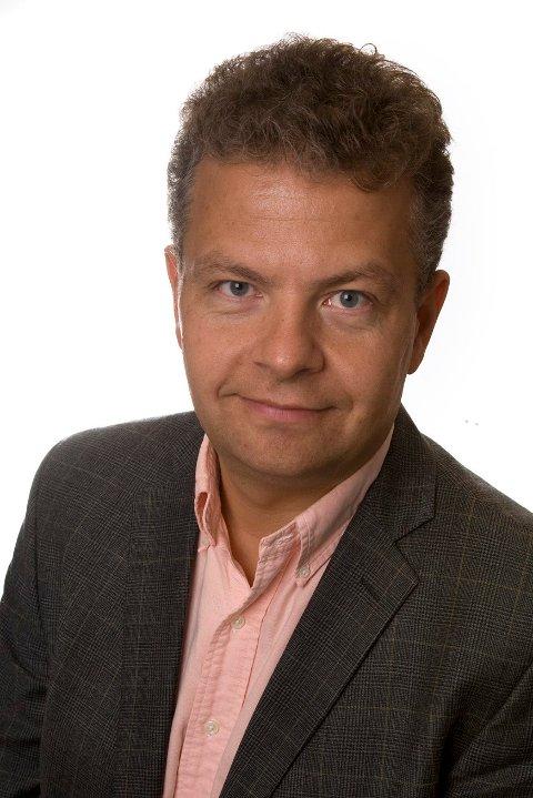 MEGLER: Odd André Engh i Eie eiendomsmegling forteller at det var en lang prosess å få solgt eneboligen i Heggedal.