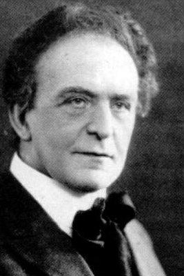 Komponist: Ludvig Dahl var kjent i Fredrikdtad i kraft av at han var byfogd. I ettertid er han kjent for spiritisme og sin mystiske død som var opptakt til Køber-saken.