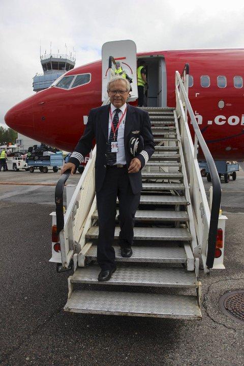 IKKE FERDIG: Gran-ordfører Willy Westhagen er fremdeles i vanlig turnus som flyger for Norwegian. ARKIVFOTO: KINE THERESE VIK-ERSTAD