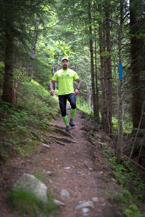 ULTRALØPER: Fulvio Øksendal er ultraløper. Nå skal han lage Norges tøffeste ultraløp.