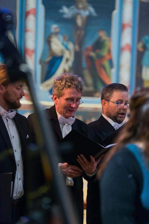 Helgeland kammerkor søker nå etter flere mannlige sangere.