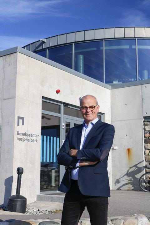 Konferanseklar: Ordfører i Færder kommune, Jon Sanness Andersen, er stolt av at en nordisk konferanse om næringsutvikling i Skagerrak er lagt til besøkssenteret på Verdens Ende. Konferansen blir digital, men dette er hovedbasen. Foto: Privat