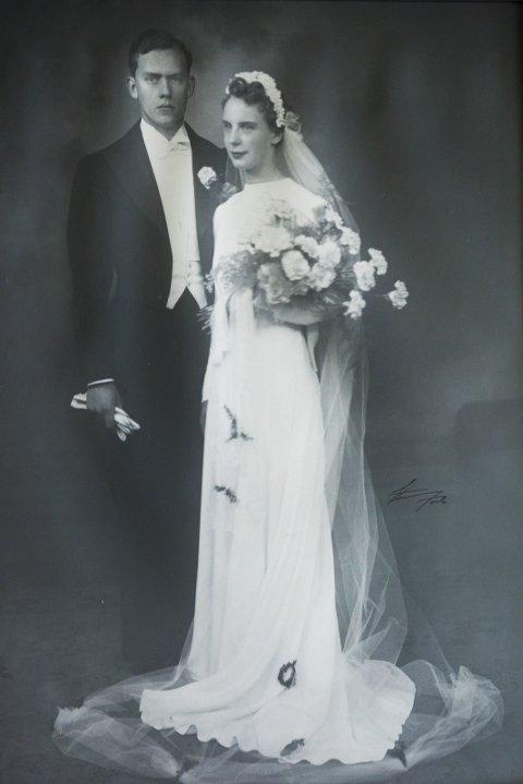 NYGIFTE: Roar og Kirsten Synnøve giftet seg i Lilleborg småkirke 6. september i 1941, for 75 år siden.