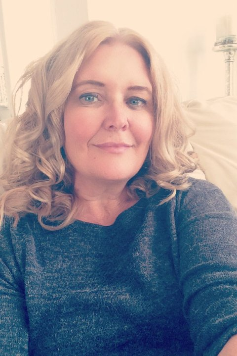 Anita Jørstad skal selvsagt følge smittevernsrådene og vil handle i egen kommune enn så lenge.